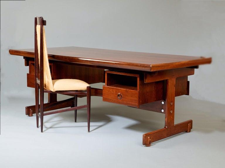 Sergio Rodrigues, Stunning and Monumental Modernist Jacaranda Desk, Brazil, 1962 For Sale 10