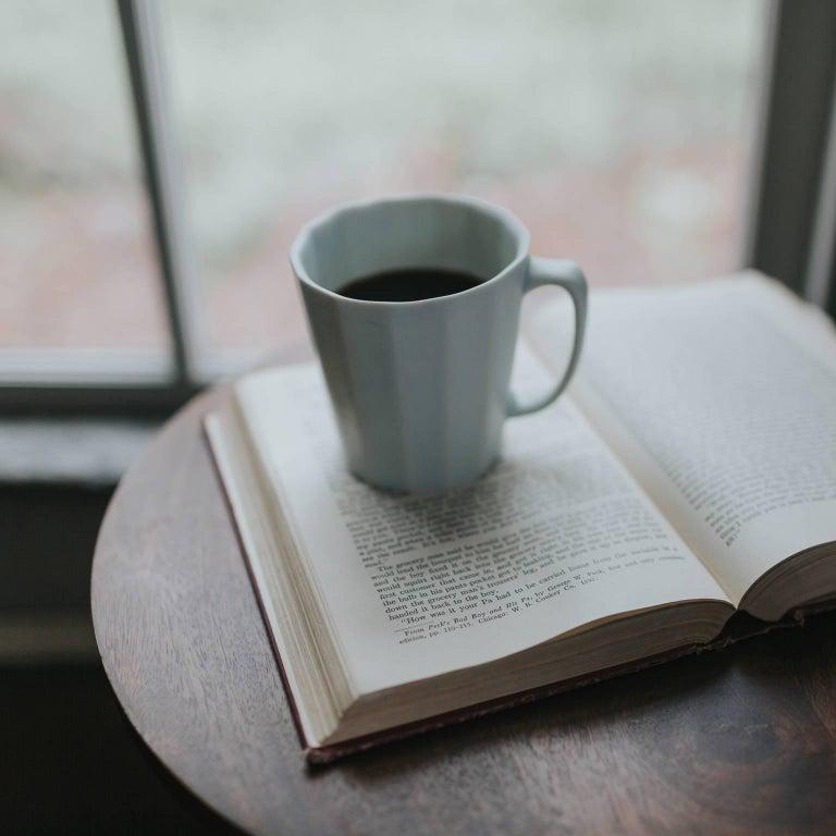 American Monday Mug Grey Matte Set of Four Coffee Mug Contemporary Glazed Porcelain For Sale