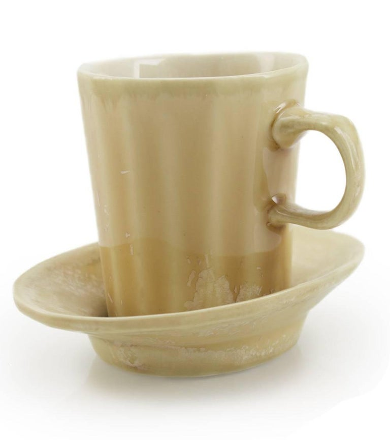 A little green one-fingered cup for espresso, coffee or the double shot of your choice, with a saucer for a sidekick. The Doubleshot Espresso cup is the best way to enjoy espresso at home. A great gift for coffee lovers, this unique coffee cup is