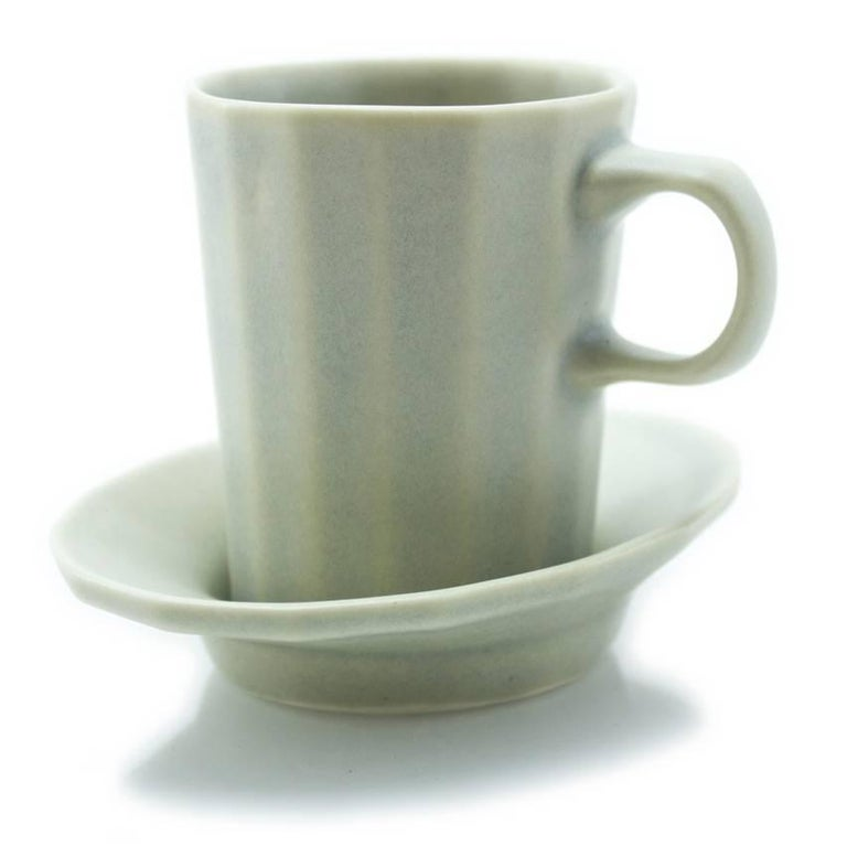 Doubleshot Espresso Cup and Saucer Set of Four Contemporary Glazed Porcelain For Sale 2