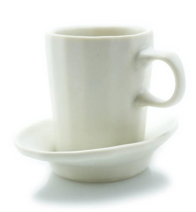 Doubleshot Espresso Cup and Saucer Set of Four Contemporary Glazed Porcelain For Sale 4