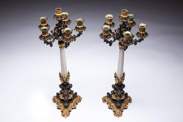 Pair of 19th Century French Empire Bronze and Ormolu Candelabra In Excellent Condition For Sale In Vilnius, LT