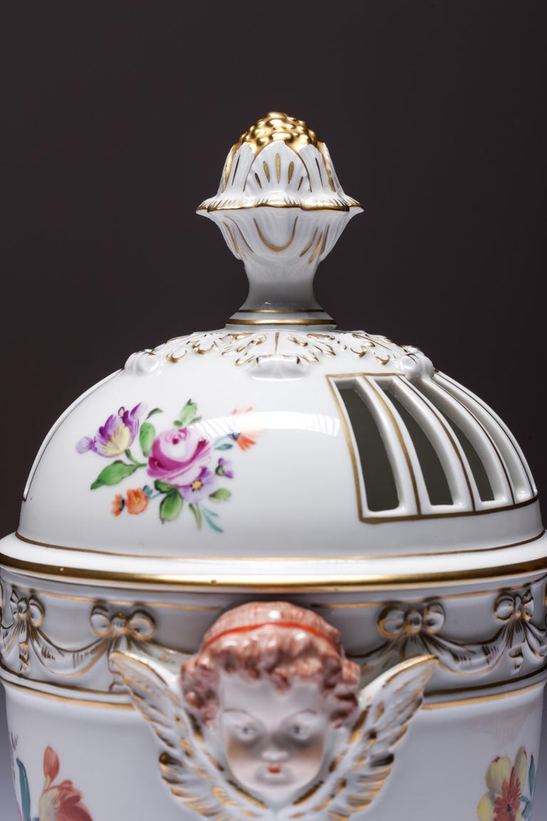 Carl Thieme Dresden Pot Pourri Vase Mithological Head Handles Urn Porcelain In Good Condition For Sale In Vilnius, LT