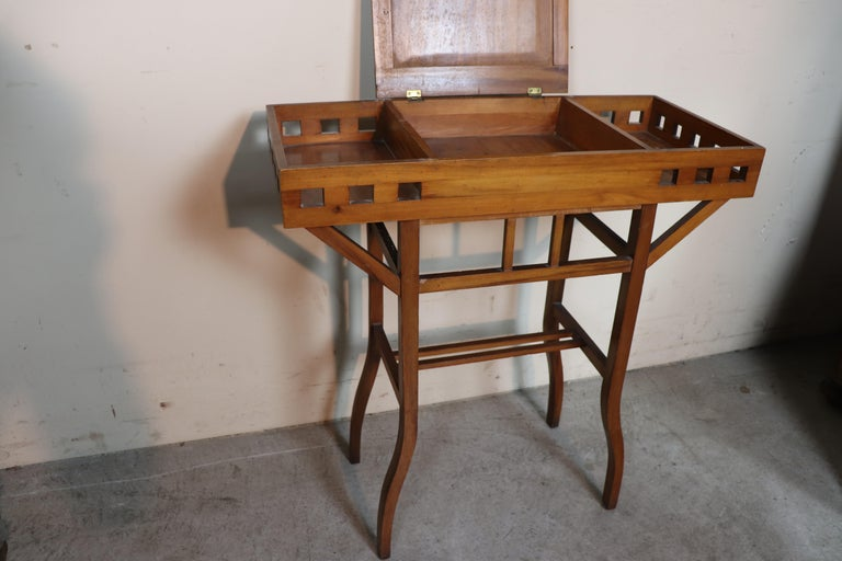 20th Century Italian Art Nouveau Sewing Table or Side Table For Sale 1