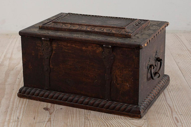 Baroque Box with Interior Paint on Stand, Origin Norway, Dated 1760 For Sale 6