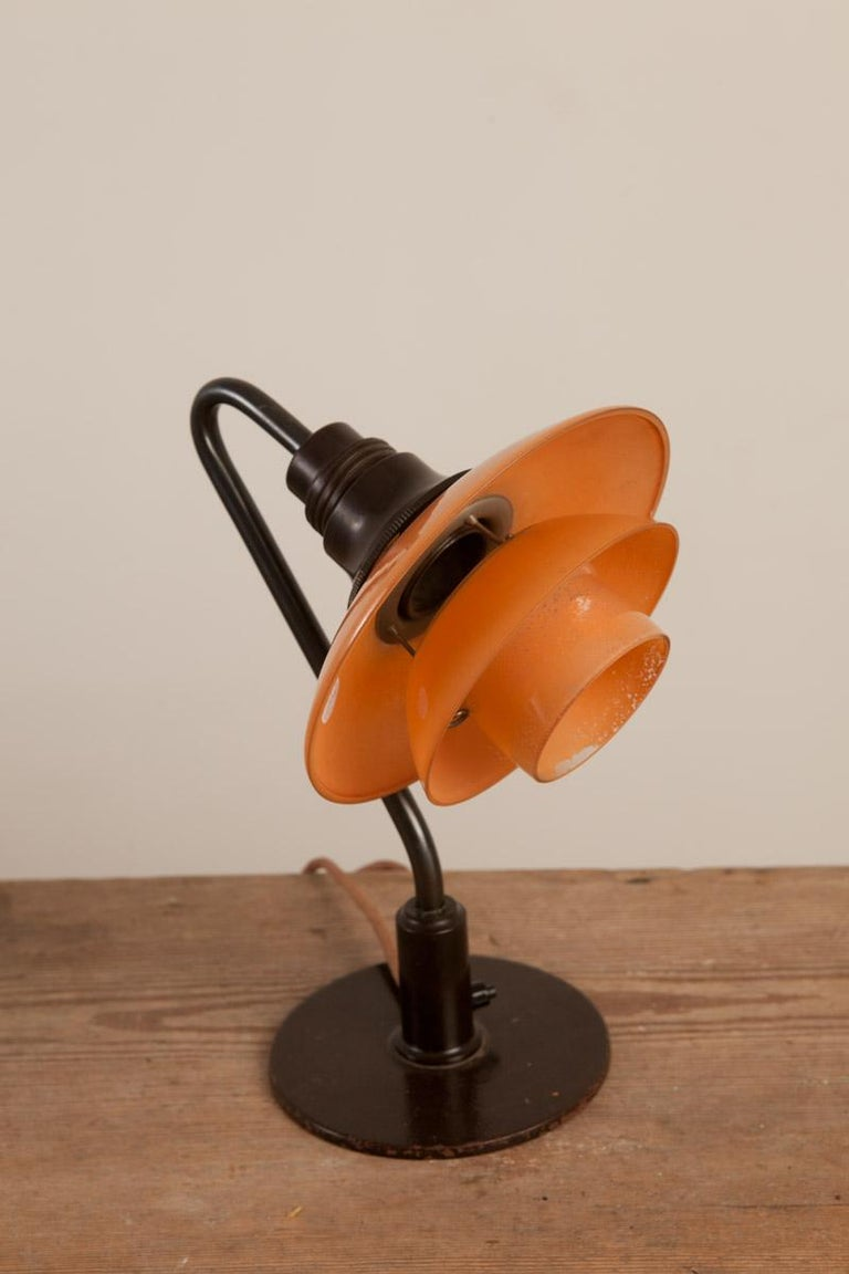 Poul Henningsen, Low Miniature Table Lamp, 2/2 Red Frosted Shades, Circa 1933 In Excellent Condition For Sale In New York, NY
