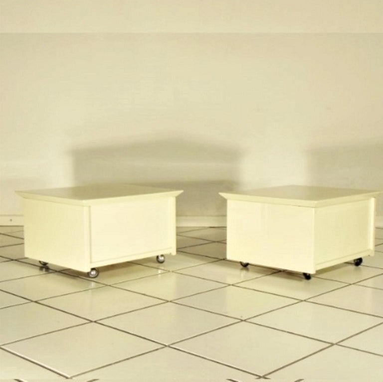 Lacquered Claudio Salocchi 1975 Set of Two Nightstands Sand Glossy Lacquer 45° Cut Sormani For Sale