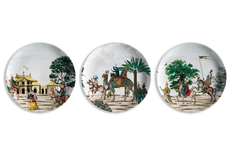The triunphant entrance of a Sultan into a conquered city is the theme of these collection in which all the plates are part of the same image, connected amongst them and telling one and unique story. Corteo is composed of 12, colorful and dynamic
