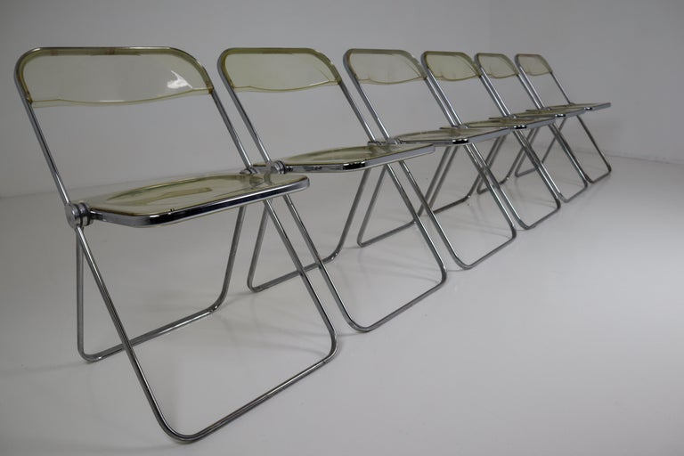 Giancarlo Piretti 'Plia' for Castelli folding chairs set of 48, in green Lucite. The set was made in Italy in the 1970s and is in good vintage condition with age appropriate wear to the Lucite.