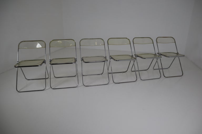 Set of 48 Green Lucite Plia Chairs by Giancarlo Piretti for Castelli, 1970s For Sale 2