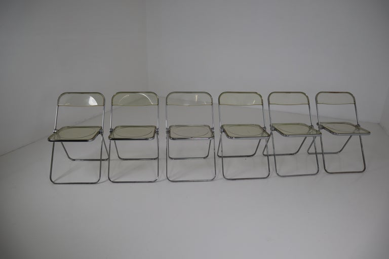 Set of 48 Green Lucite Plia Chairs by Giancarlo Piretti for Castelli, 1970s For Sale 4