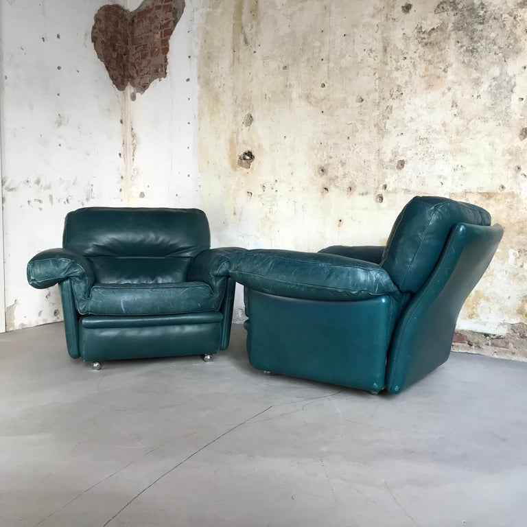 Italian Pair of Midcentury Lounge Chairs by Poltrona Frau, Italy, 1970s For Sale