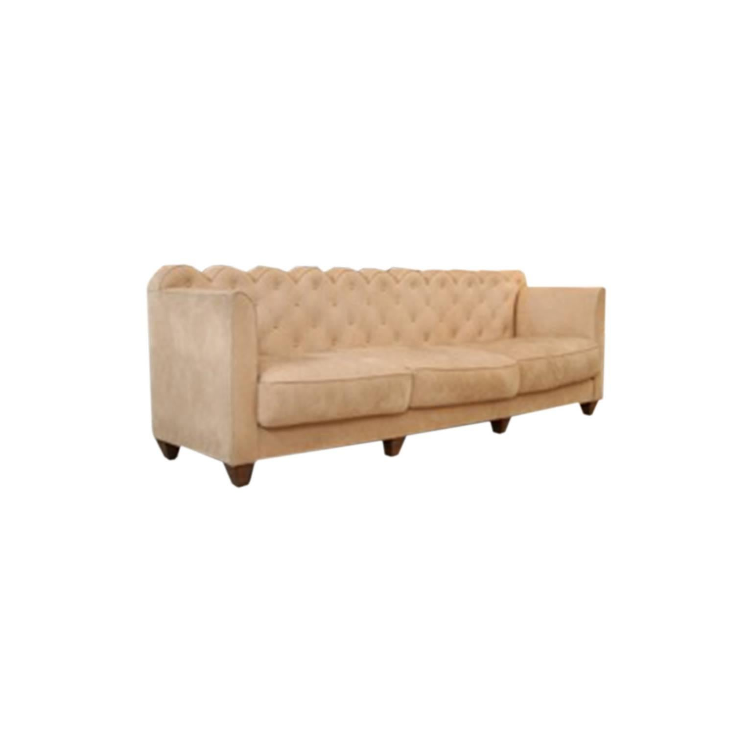Portaluppi Had Created Two Of These Upholstered Sofas That Catches The Eye  With Its Arches Defining