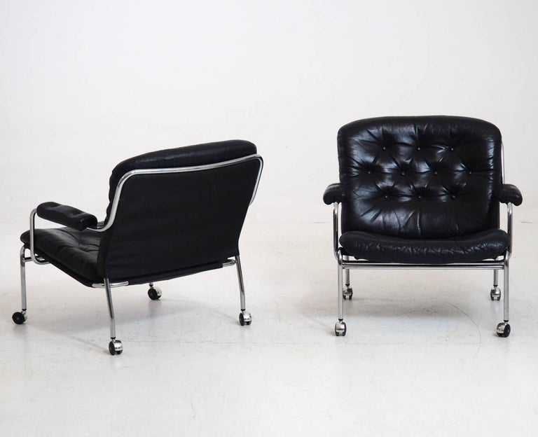 1960s Pair of Leather Armchairs in Steel, Probably by Bruno Mathsson In Good Condition For Sale In Aalsgaarde, DK