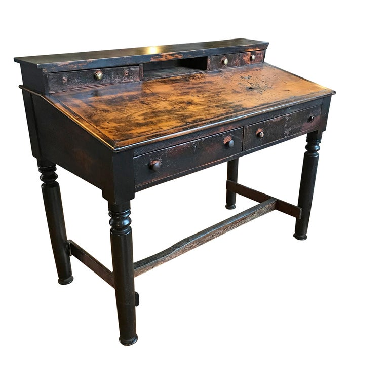 Rustic Early 20th Century American Foreman's Desk For Sale