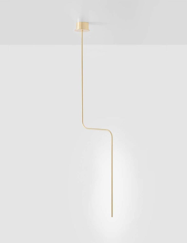 Sem Gold collection, ceiling lamp in polished or fine brushed tubular brass with double joint. Different sizes and compositions : H 110/125/155/175 cm.