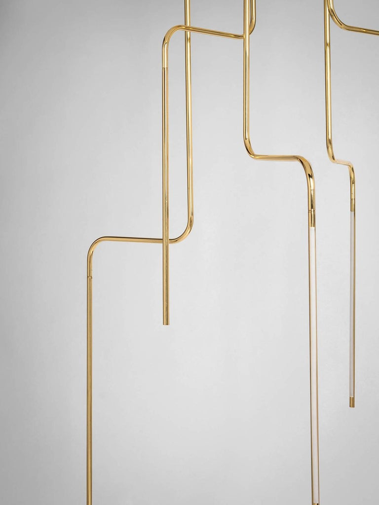 SEM Gold collection, six arms composition ceiling lamp in polished or fine brushed tubular brass with double joint. Different sizes and compositions : H 110/155/175 cm. Horizontal arm length measurement 20 cm. Lamp type LED 6W - 3000°K Voltage
