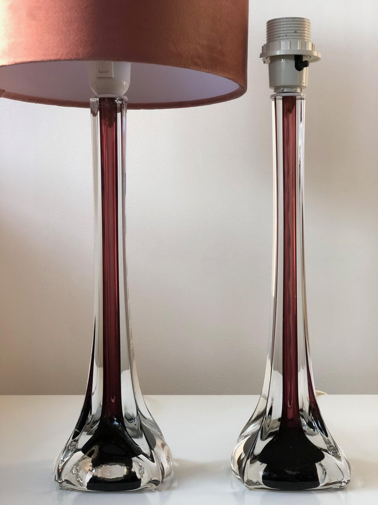 Mid-Century Modern Flygsfors Table Lamps in Burgundy by Paul Kedelv In Excellent Condition For Sale In Stockholm, SE