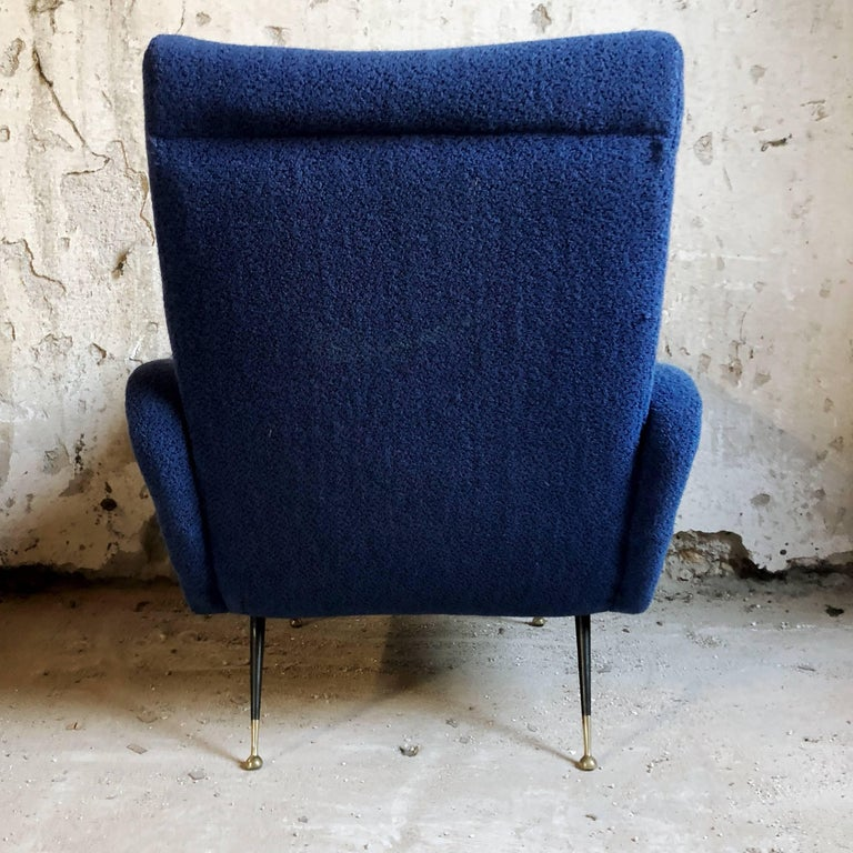 Midcentury Blue Velvet Italian Armchair in the style of Marco Zanuso, 1950s In Good Condition For Sale In Lonigo, IT