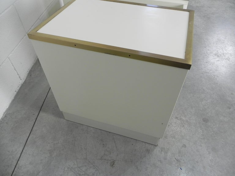 Frigerio Bedside Tables Nightstands Italian Brass and Wood, 1950 For Sale 6
