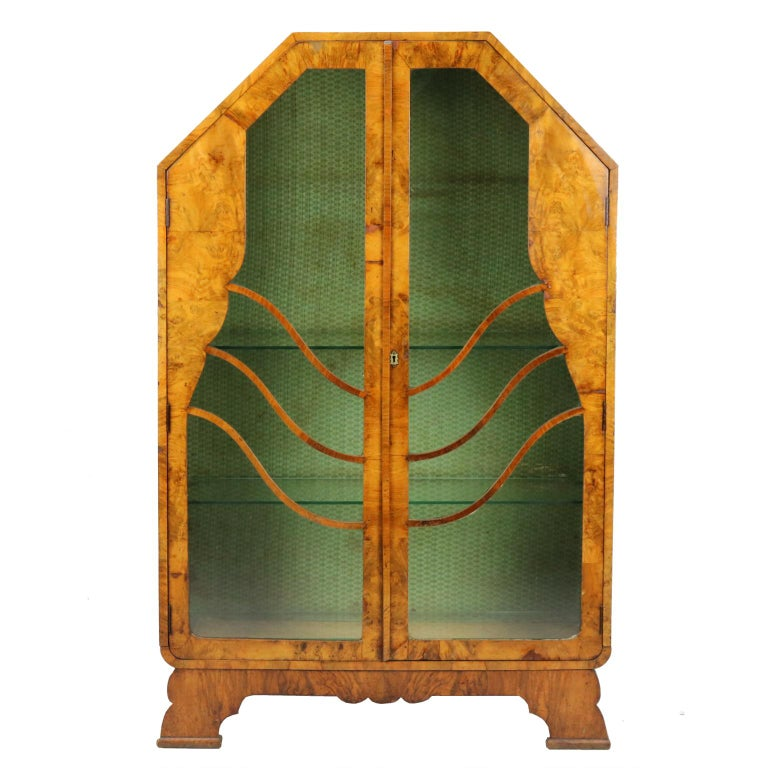 English Art Deco Display Cabinet or Vitrine, 1930s