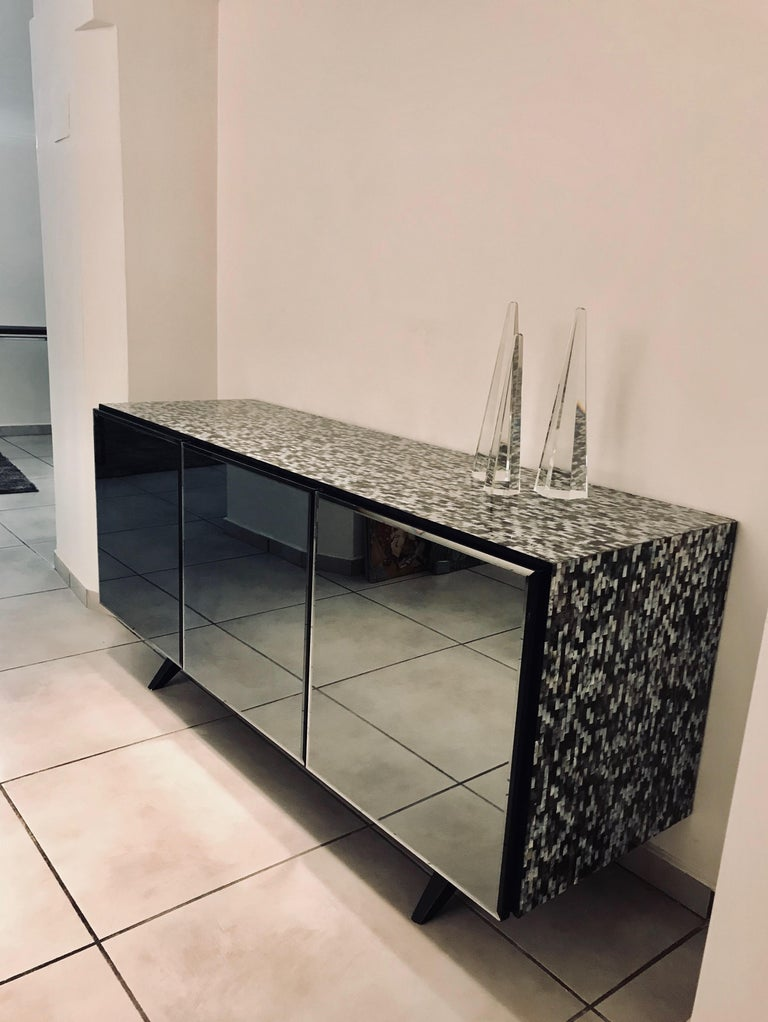 Modern 'Madrid' Mother of Pearl Sideboard Table with Grey Mirror Finish Doors For Sale