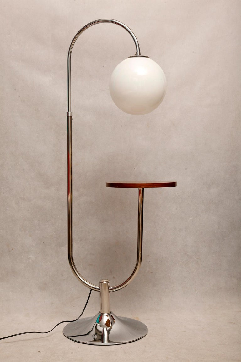 Bauhaus Chromed Floor Lamp by Robert Slezak, 1930s In Excellent Condition For Sale In Warsaw, PL