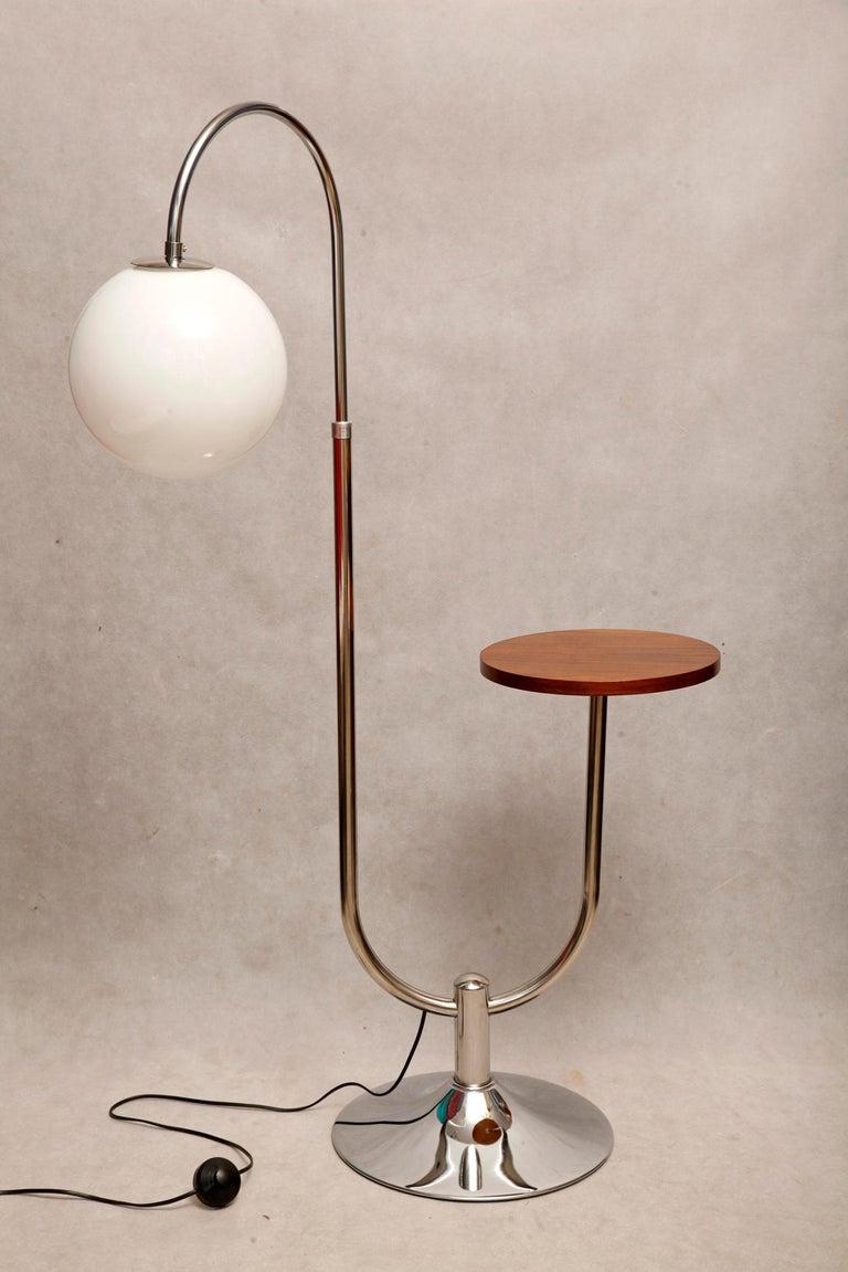 Mid-20th Century Bauhaus Chromed Floor Lamp by Robert Slezak, 1930s For Sale