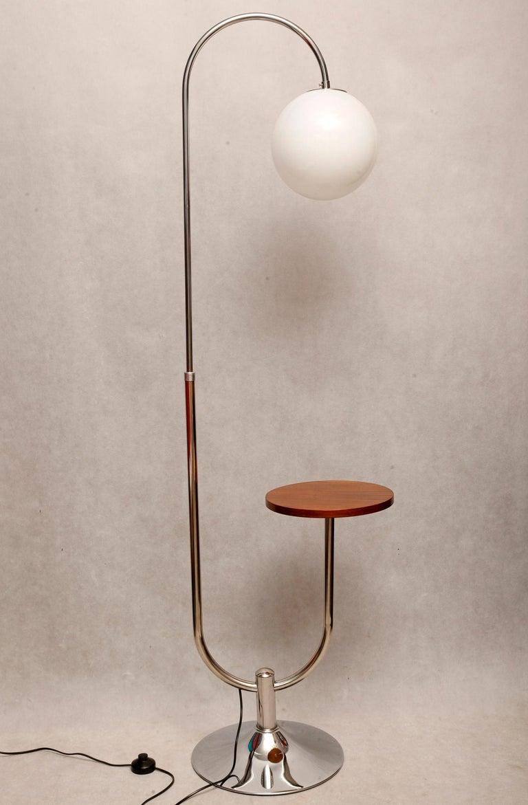 Bauhaus Chromed Floor Lamp by Robert Slezak, 1930s For Sale 1