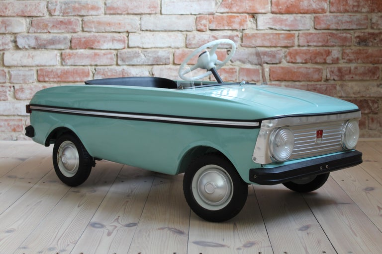 Other Azak Moskvich Toy Pedal Car in Blue, 1976 For Sale