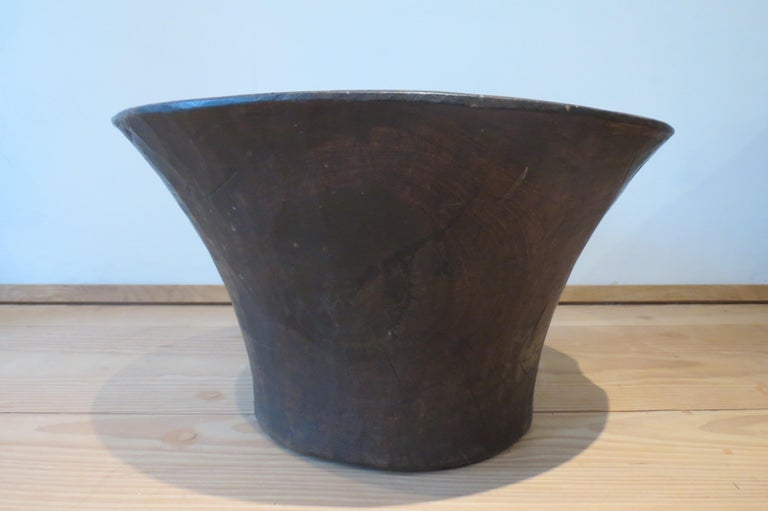 Large Hand Crafted African Hardwood Wooden Bowl  For Sale 1