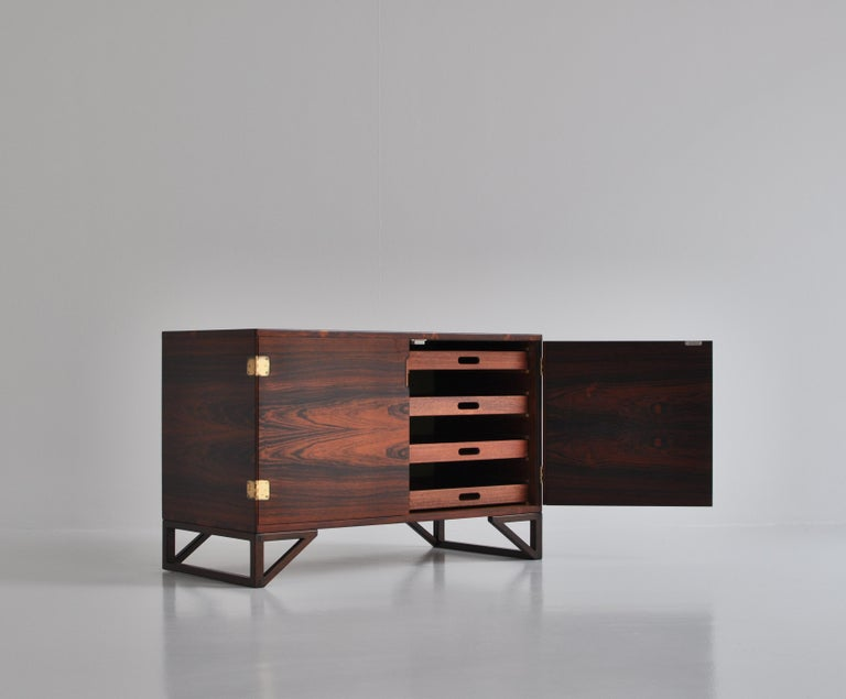 Danish Modern Rosewood Cabinet / Sideboard by Svend Langkilde for Illums, 1960s 1