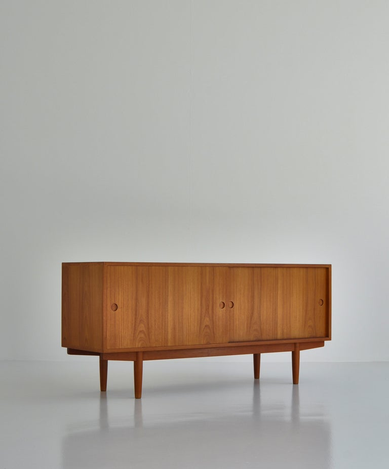 Hans J. Wegner Sideboard in Teakwood made at Cabinetmaker Johannes Hansen, 1960s 6