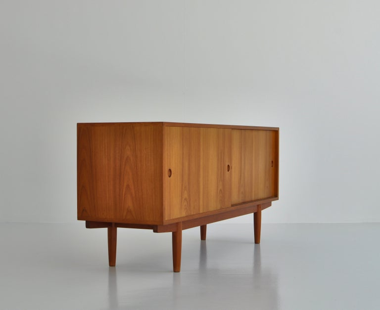 Hans J. Wegner Sideboard in Teakwood made at Cabinetmaker Johannes Hansen, 1960s 4