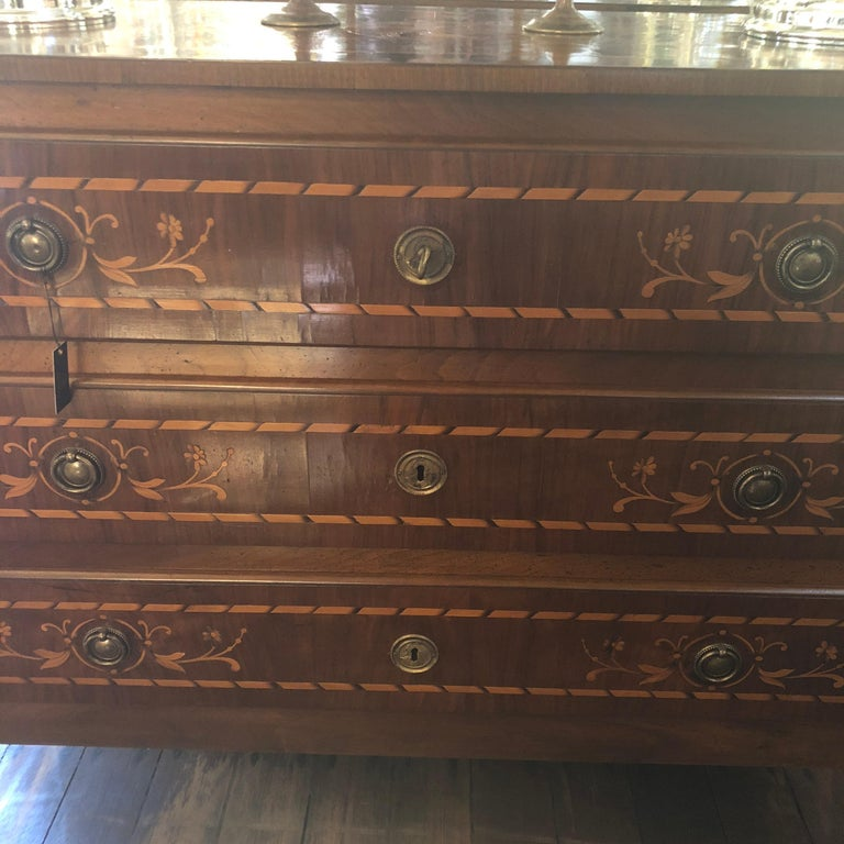 Louis XVI Rare Italian Walnut and Oak Marquetry Commode, Museum Quality, circa 1700 For Sale