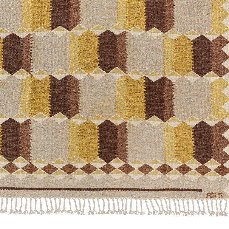 Linen Mid-20th Century Scandinavian Rug Signed by Anna Greta Sjoqvist 'Sjökvist' For Sale