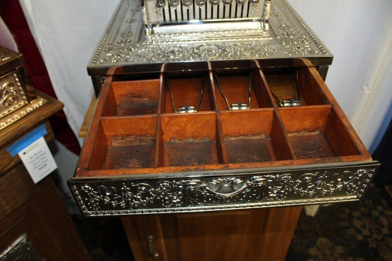 Early 20th Century 1909 National Cash Register Mod 321 For Sale