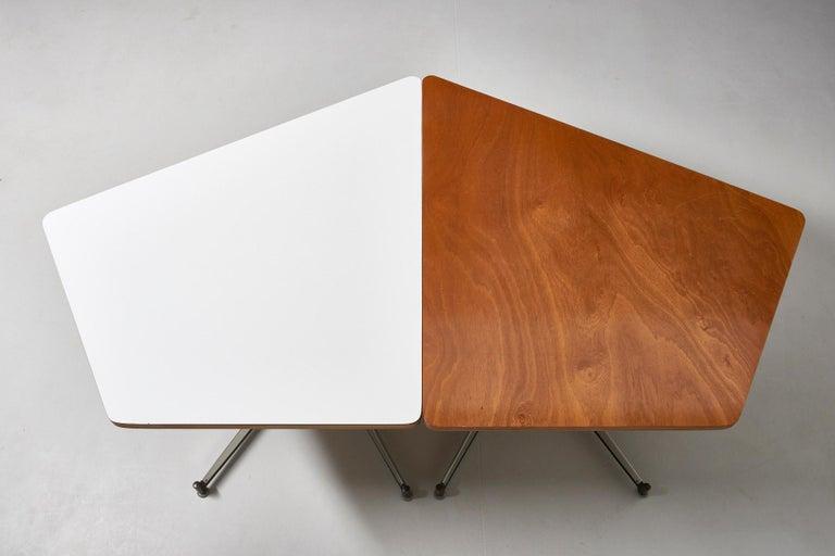 Walnut HBK table by Willy Van Der Meeren For Sale 4