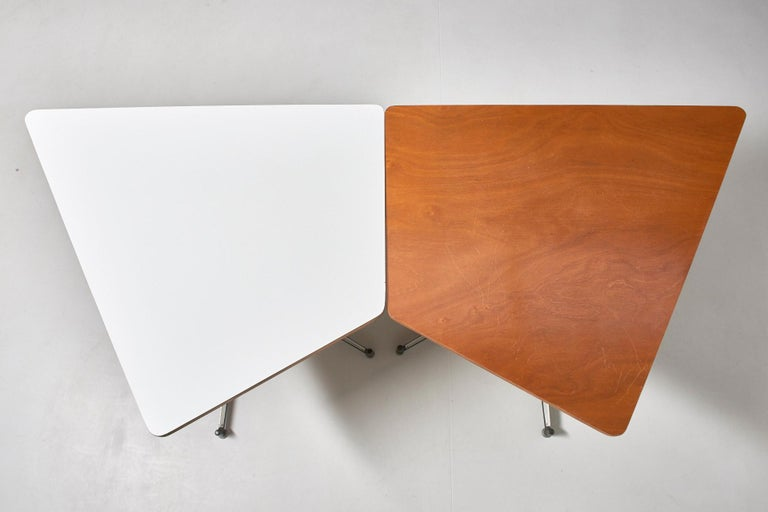 Walnut HBK table by Willy Van Der Meeren For Sale 7