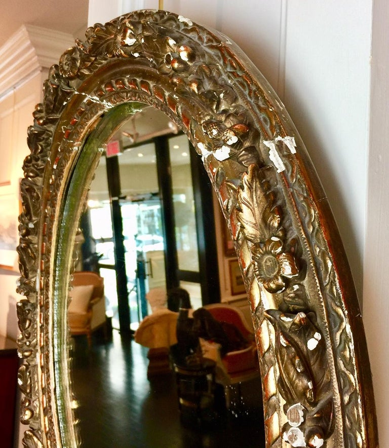 French Louis XVI Period Carved Oval Mirror, Neoclassical Style For Sale 2