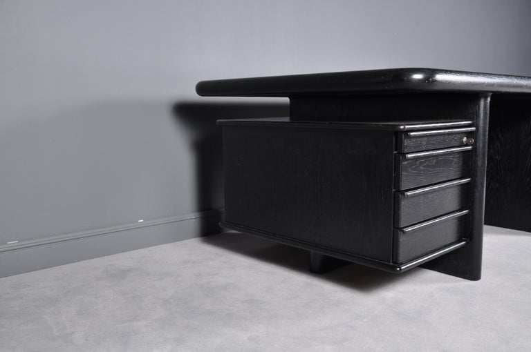 Black Oak Floating-Top Executive Desk For Sale 1
