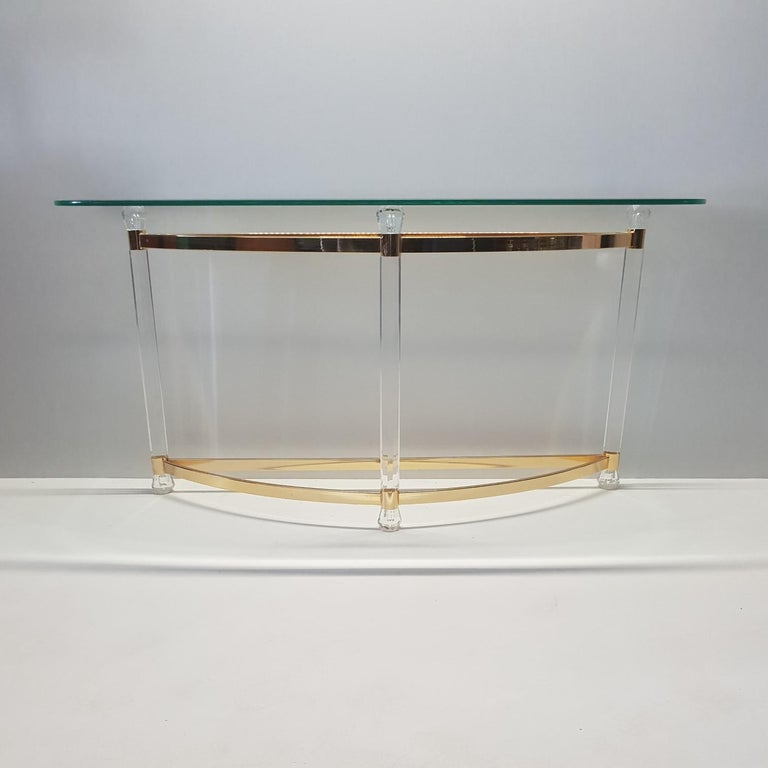 French Brass and Lucite Console Table with Facet Glass Top, 1970s For Sale 1