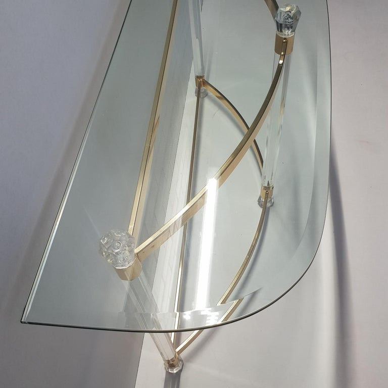 French Brass and Lucite Console Table with Facet Glass Top, 1970s For Sale 3