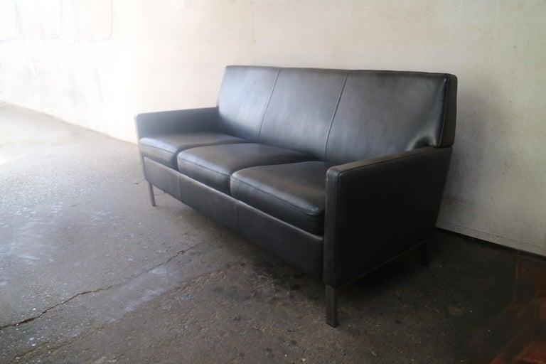 Mid-Century Modern 1970s Danish Midcentury Leather Sofa For Sale