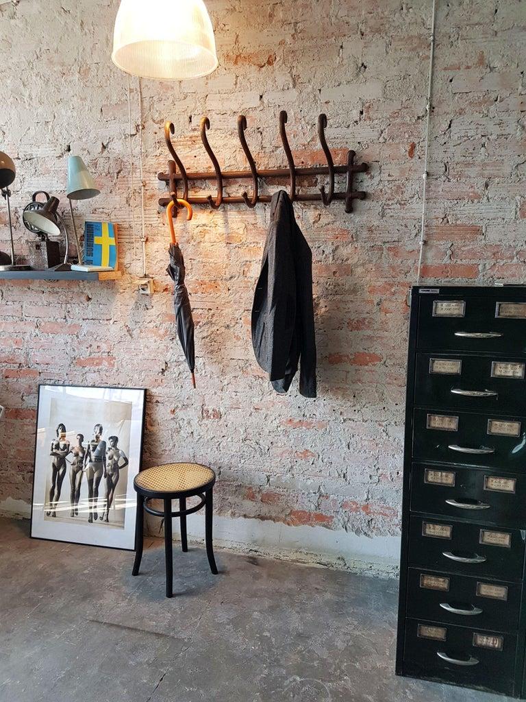 Thonet Art Deco Coat Hanger Rack, Wien 1910s In Good Condition For Sale In Bydgoszcz, PL