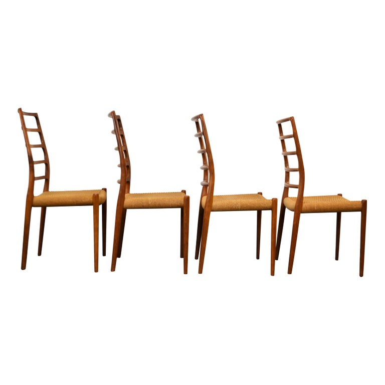 Niels O. Møller Teak Model 82 Dining Chairs, Set of Four In Good Condition For Sale In Panningen, NL