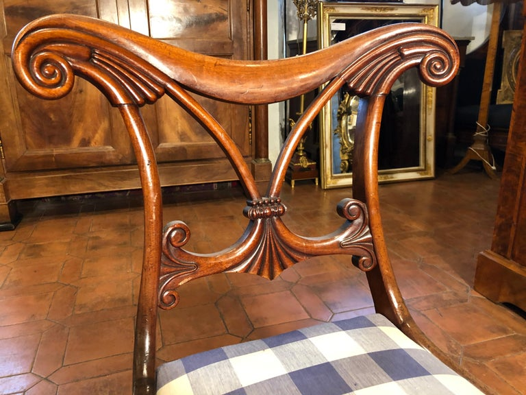 19th Century Regency Mahogany Chairs In Fair Condition For Sale In Roma, IT