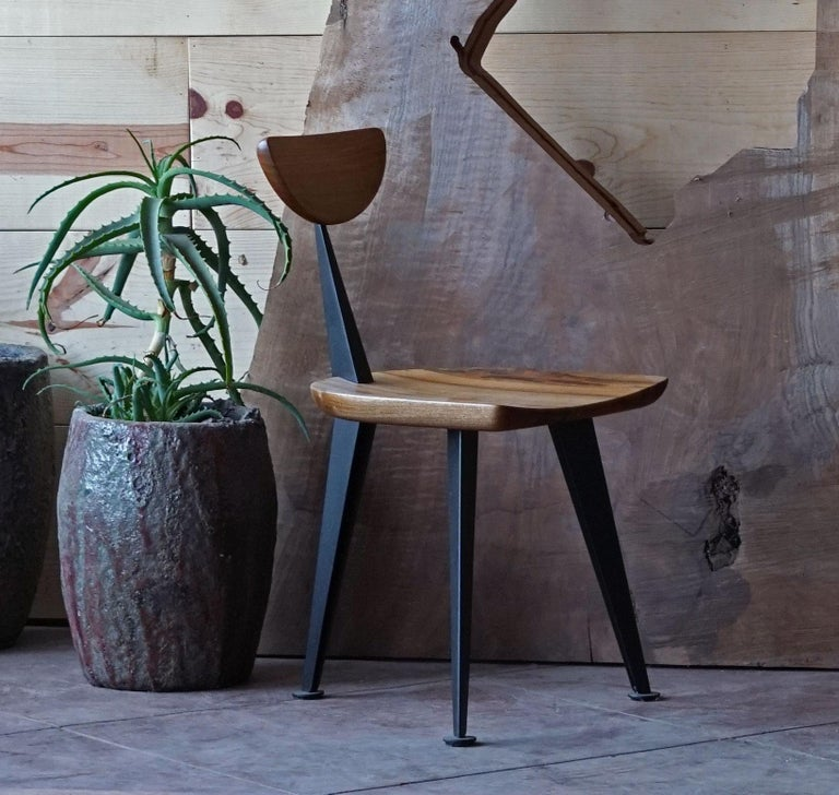 Los Gatos Three Leg Modern Dining Chair with Sculpted Seat/Back and Steel Legs In New Condition For Sale In Stockton, CA