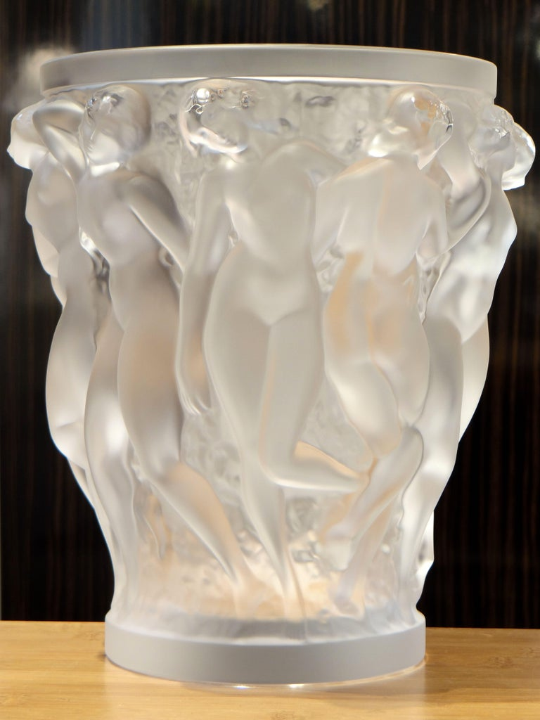 French Lalique, Vase Bacchantes Crystal Clear, 1927 For Sale