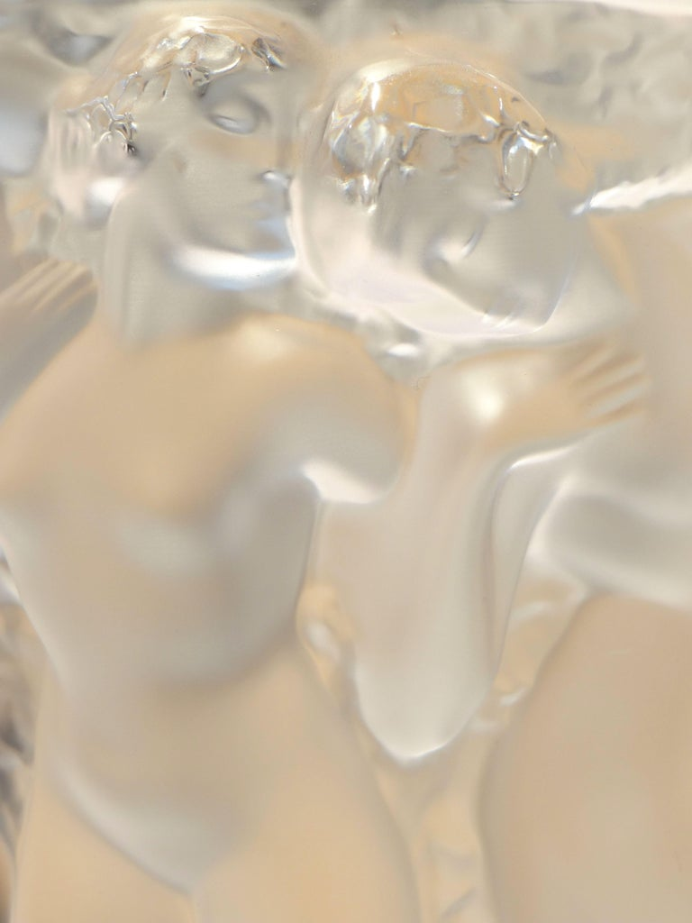 Lalique, Vase Bacchantes Crystal Clear, 1927 For Sale 3